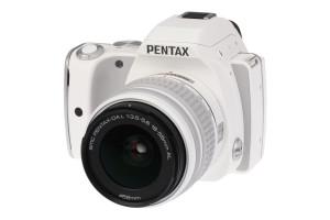Pentax K-S1 met DA L 1:3.5-5.6 18-55mm AL