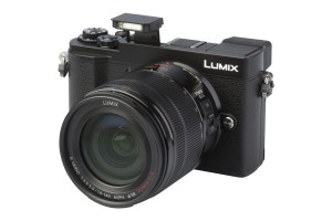 Panasonic Lumix DC-GX9H met 14-140mm f/3.5-5.6