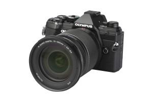 Olympus OM-D E-M5 III met M.Zuiko Digital 12-200mm f/3.5-6.3 ED MSC