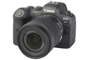 Canon EOS R6 met RF 24-105mm f/4-7.1 IS STM