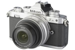 Nikon Z fc met Nikkor Z DX 16-50mm f/3.5-6.3 VR